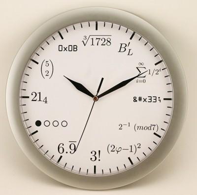Математические часы