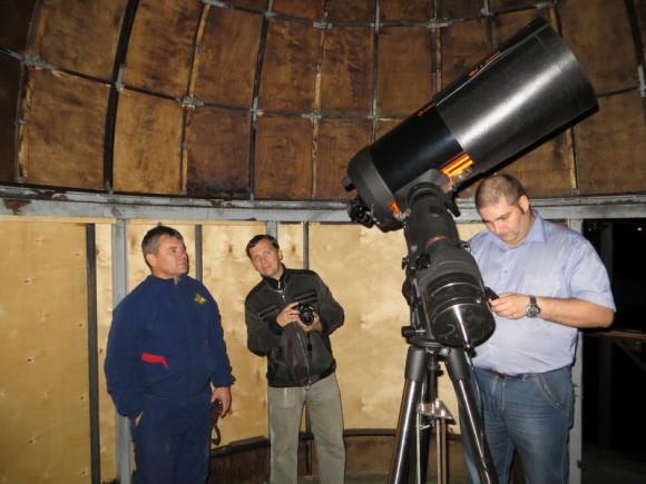 Олег, Константин и я в обсерватории Олега